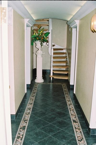 Прихожая фото дизайн для узких коридоров